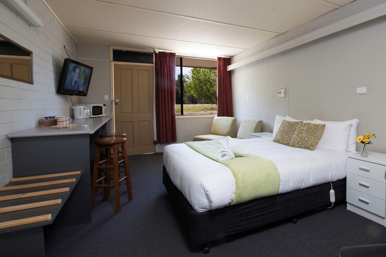 Bridgewater Motel - Accommodation Sunshine Coast