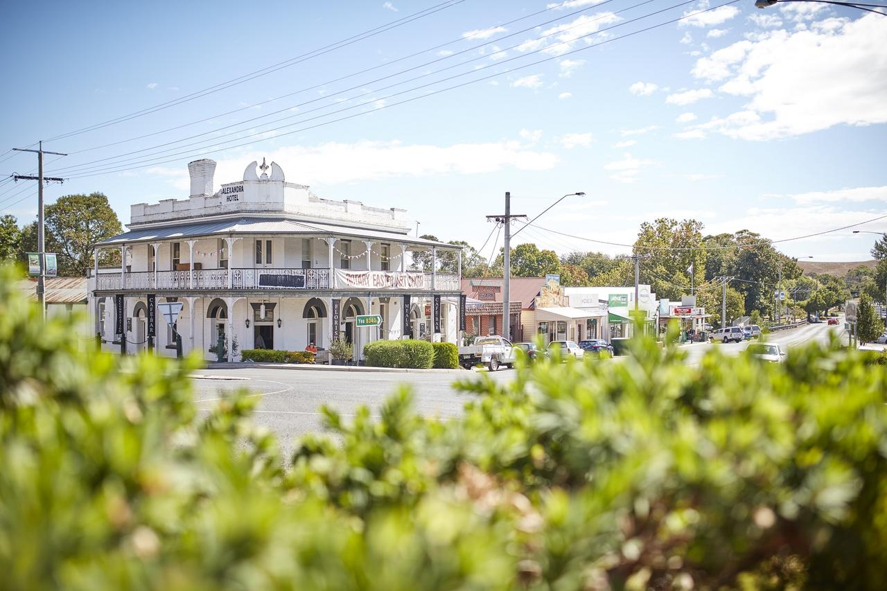 The Alexandra Hotel - Accommodation Sunshine Coast