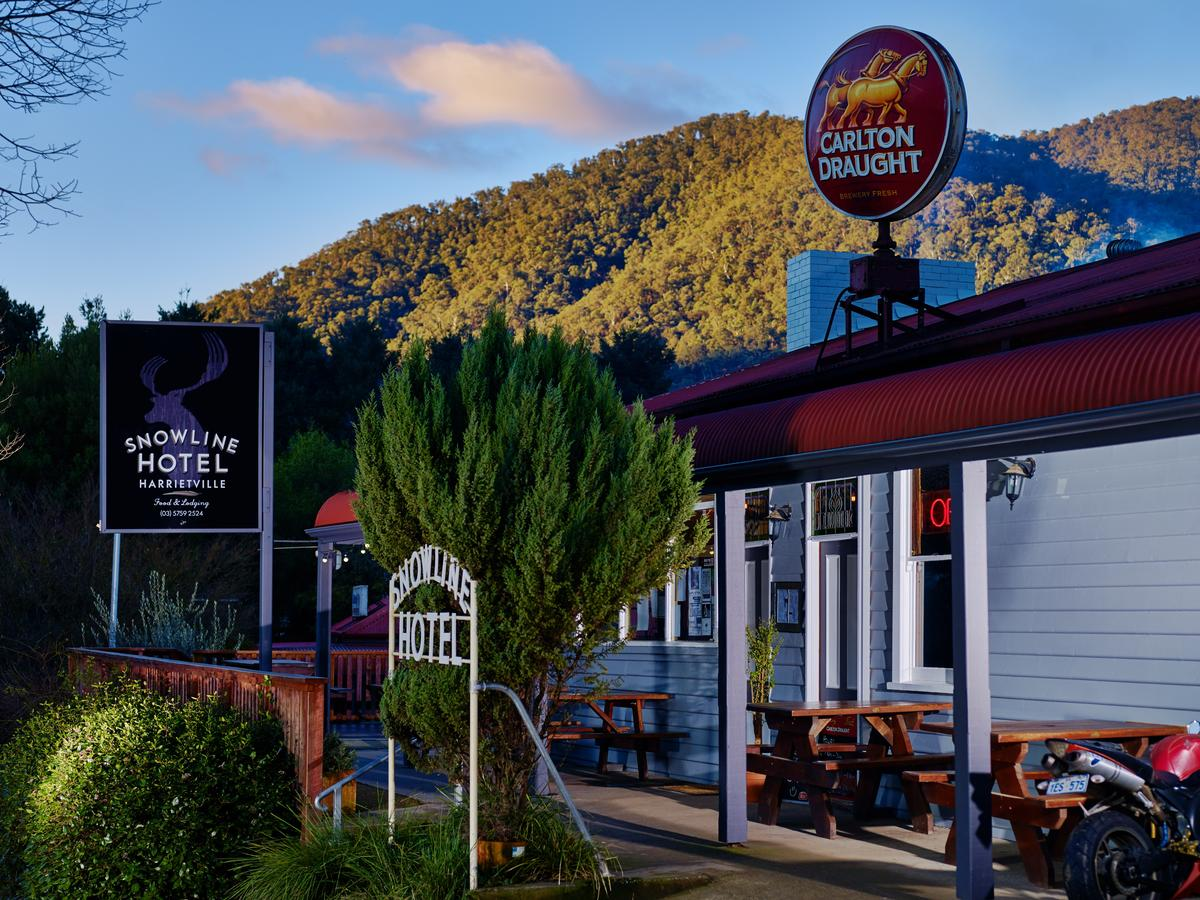 The Harrietville Snowline Hotel - Accommodation Sunshine Coast