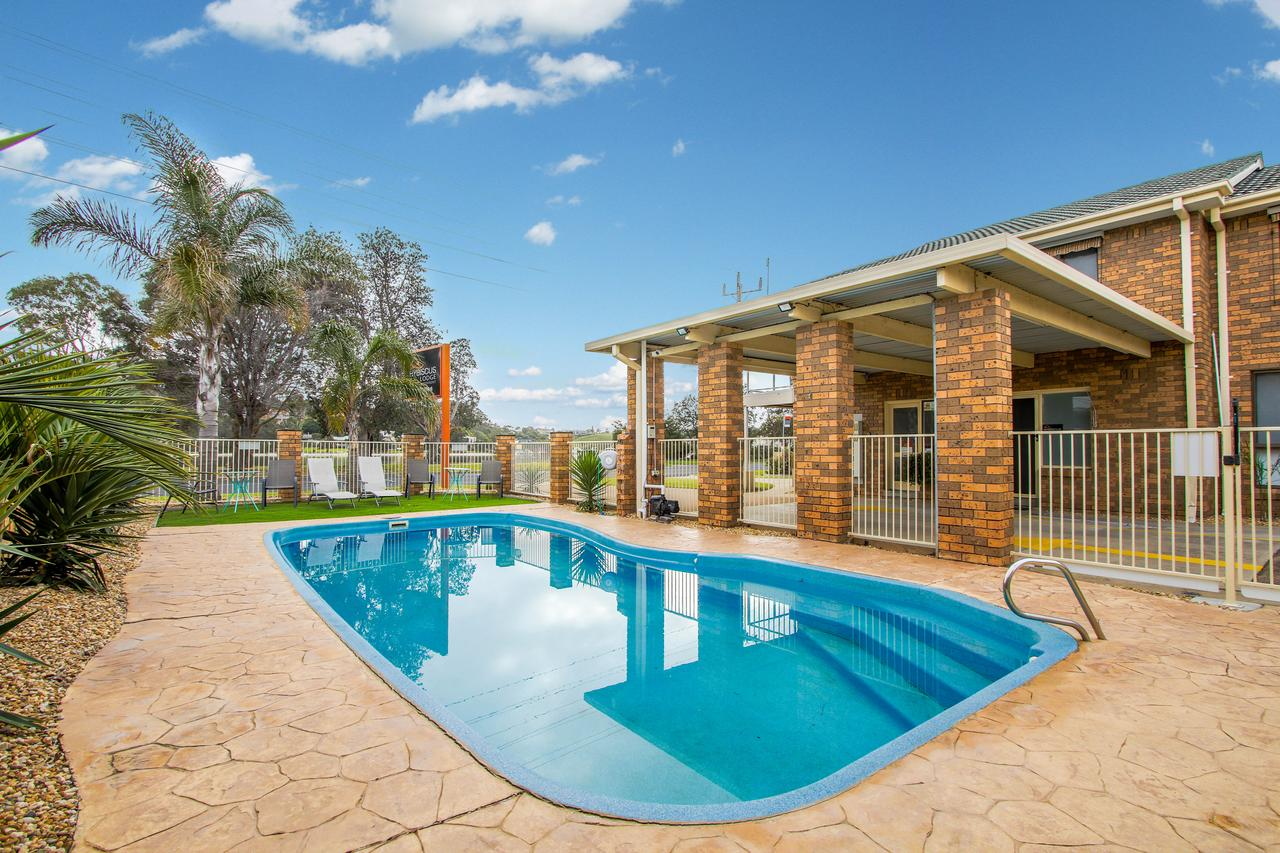 Hybiscus Waterfront Apartments - Accommodation Sunshine Coast