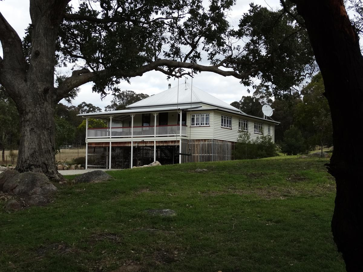 Loughmore House - Accommodation Sunshine Coast
