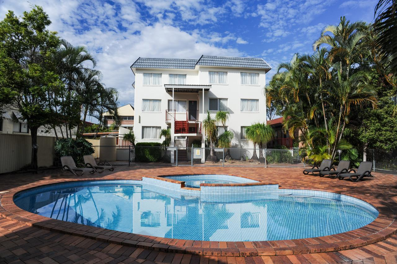 Earls Court Motel  Apartments - Accommodation Sunshine Coast