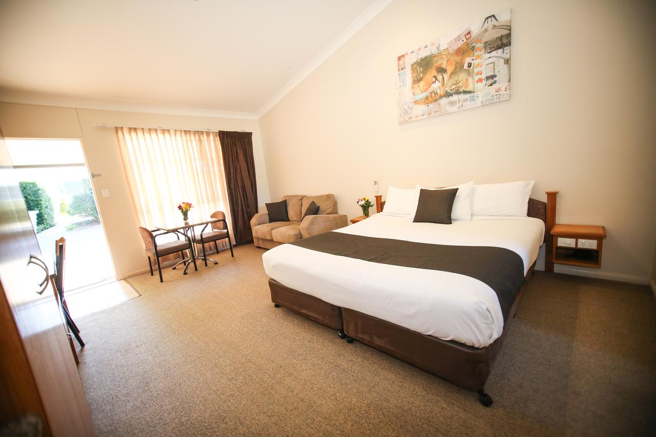 Roma Explorers Inn - Accommodation Sunshine Coast