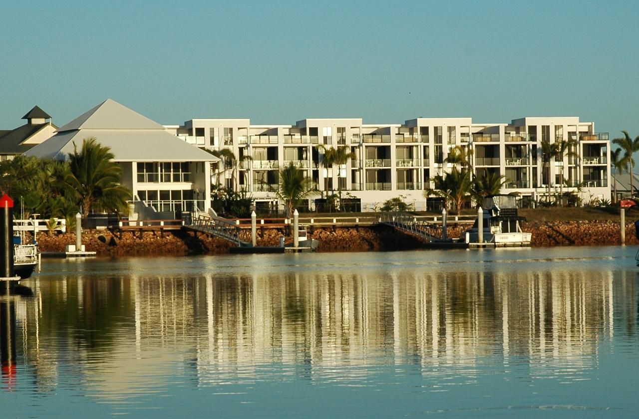 Hinchinbrook Holiday Apartments - Accommodation Sunshine Coast