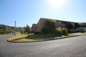 1/2 Brunswick Avenue - Accommodation Sunshine Coast