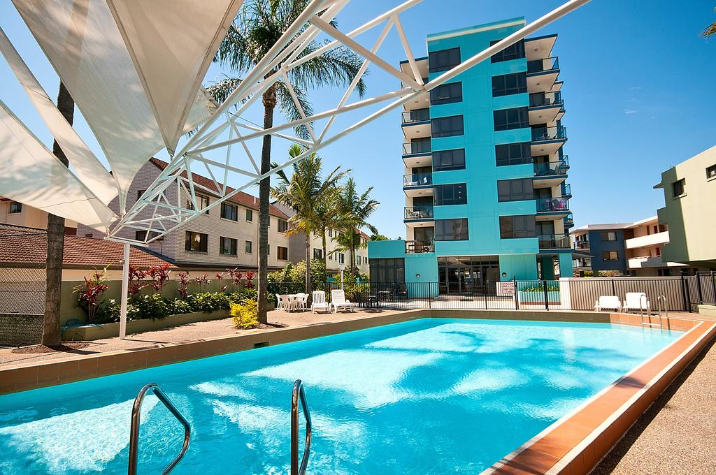 Aqualine Apartments On The Broadwater - Accommodation Sunshine Coast
